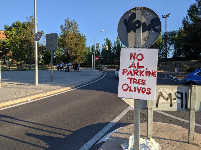 Vecinos de Tres Olivos no pondrán mesas informativas contra el parking pero buscarán 'otras vías democráticas'