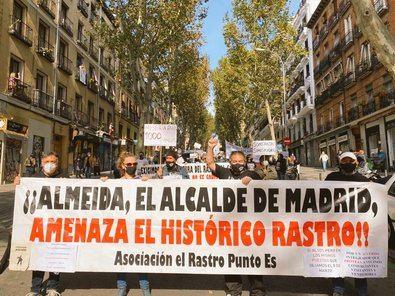 El Rastro, a Méndez Álvaro como protesta