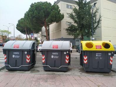 De los datos proporcionados por las concesionarias de los servicios de recogida destaca el aumento en la recogida de envases del contenedor amarillo en un 15,7%, siendo el mes de marzo el periodo en el que se incrementó más el reciclaje por parte de los vecinos.