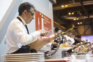 La Feria de Alimentación y Bebidas de Calidad más importante de Europa reunirá en 47.000 m2 de exposición vinos, aceites, conservas, quesos, chocolates, bebidas, ahumados, cereales y charcutería.