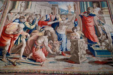 El Papa Leon X encargó a Rafael la realización de los cartones para tapices de Los Hechos de los Apóstoles, para completar la decoración de la Capilla Sixtina.