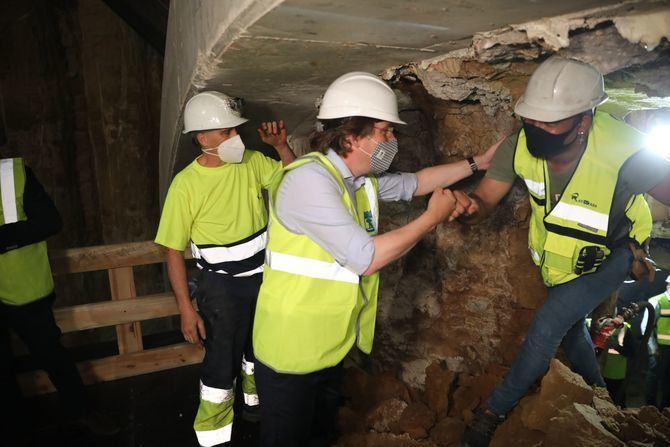 El método constructivo en este tramo de unos 50 metros de longitud ha sido distinto al del resto del túnel para salvaguardar los restos del palacio.