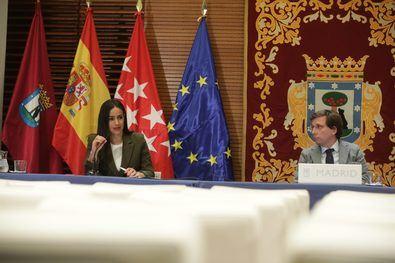 José Luis Martínez-Almedia y Begoña Villacís durante la rueda de prensa posterior a la Junta de Gobierno.