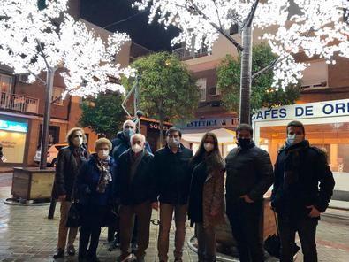 Este año, el distrito de Carabanchel ha instalado luces en tres puntos más: junto al eje de Camino Viejo de Leganés, también en la calle de La Laguna y en la plaza de Carabanchel, donde su ubica la sede municipal.