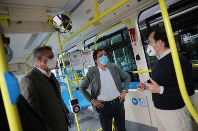 Los nuevos vehículos comenzarán a operar en la nueva línea perimetral que empezará a funcionar próximamente dentro de la Estrategia de Sostenibilidad Ambiental Madrid 360, así como en la línea 52, Puerta del Sol-Santamarca, en Chamartín.