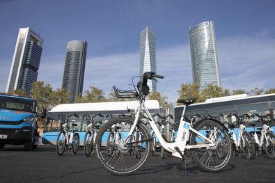 El número de bicis disponibles totales para los madrileños este otoño será tres veces superior a las que existían sólo con el sistema público de bicicletas al término de 2019.