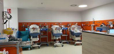 El proyecto 'Como en Casa' desarrollado en la Unidad de Cuidados Intensivos Neonatales del Hospital Universitario 12 de Octubre ha conseguido crear espacios adecuados y confortables a pesar de estar ingresados en un área de cuidados intensivos.