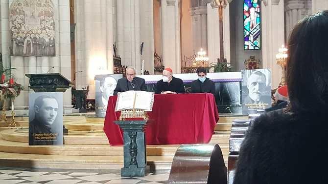 La celebración será retransmitida por el canal YouTube de la parroquia, 'para hacer posible que todos los que compartís nuestro dolor podáis también ser partícipes de este momento', añaden.
