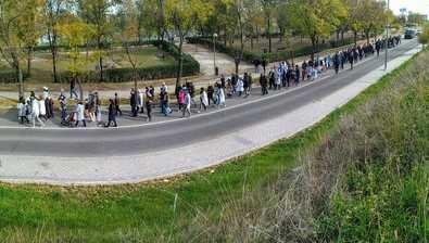 Imagen de una manifestación vecinal reclamando el centro de salud de Butarque