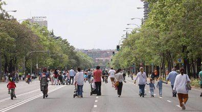 Se habilitarán 6,4 kilómetros en siete tramos de calles de siete distritos, reservando 66.000 metros cuadrados de calzada para el peatón.